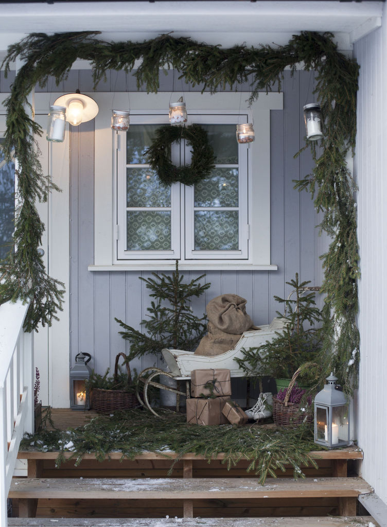 Julepyntetinngangsparti - Trude Lindland