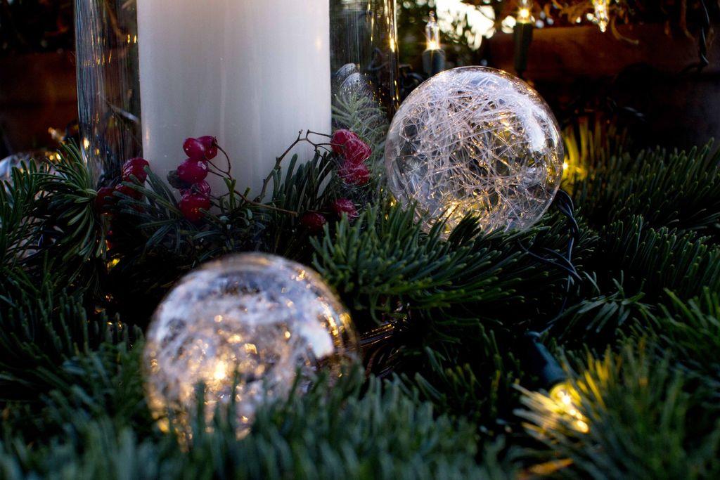 Pynt på balkongen til jul