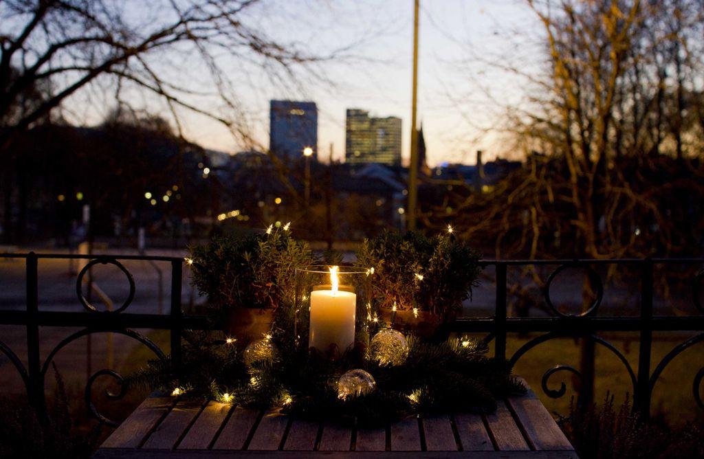 Enkel julepynt på balkongen