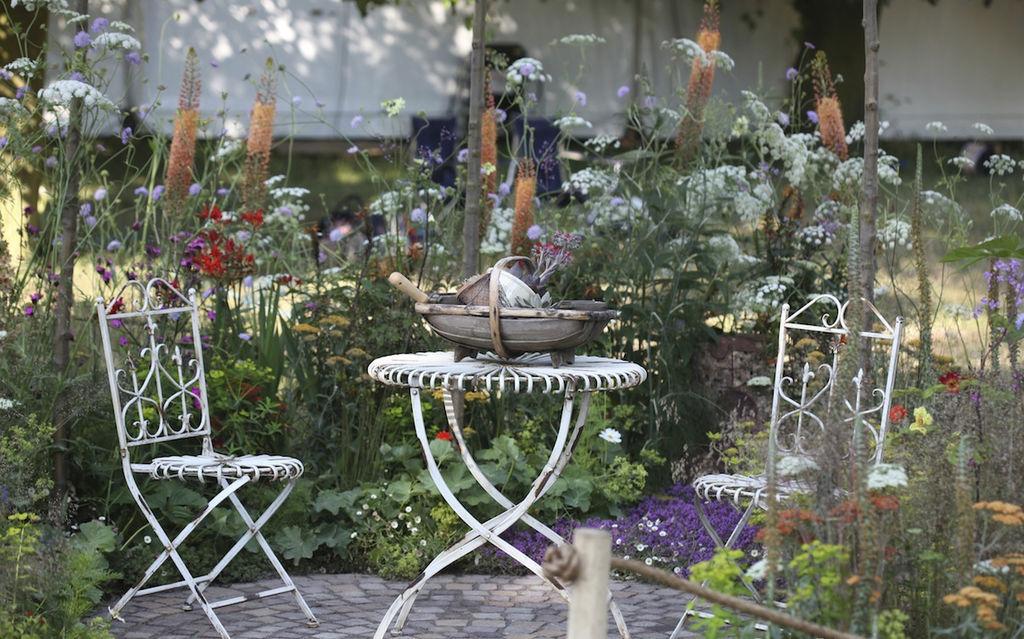 Gjesteblogger og gartner, Kenneth Ingebretsen i Gardenliving.no har tatt dette fine staudefylte bildet. Har du fine hagebilder du vil dele med oss i en bloggpost? Send oss et innlegg da vel!